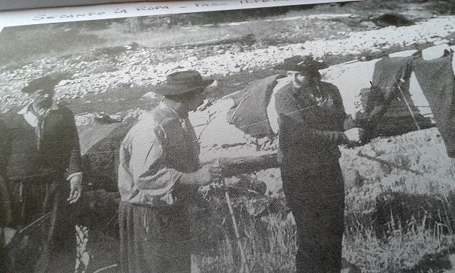 janet-secando-ropa-en-el-paso-ilpela-1969