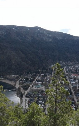 panoramica lago y pueblo oct.2019